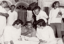 Hrishikesh Mukherjee with Rajesh Khanna and Amitabh Bachchan